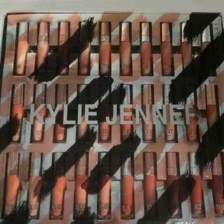 Kylie Jenner 30pcs Concealer Set
