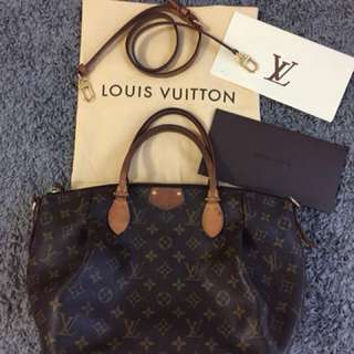 Louis Vuitton Turenne MM Monogram