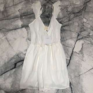 """BNWT"" Beautiful Playsuit"