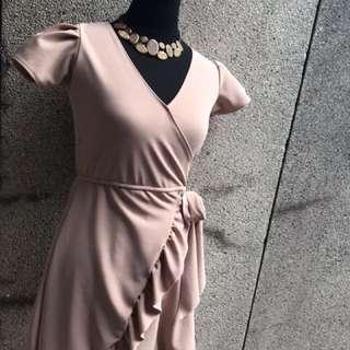 Overlap Dress / nude color
