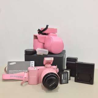 FULL SET: Samsung NX1000 (Pink: Limited Edition) -Pre-loved Camera ♥️