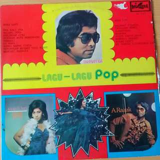 record vinyl of various pop artist