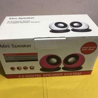 2.0 digital mini speaker