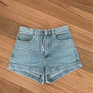 AMERICAN APPAREL HIGH-WAISTED SHORTS SIZE 26