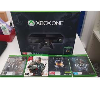 XBOX ONE WITH FREE 4 GAMES