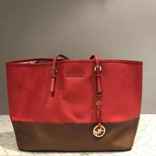 Pre-loved Authentic Michael Kors Tote Bag