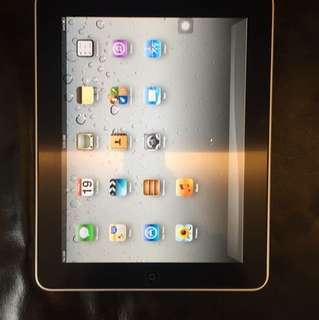 IPad 1 32GB with sim card and WiFi