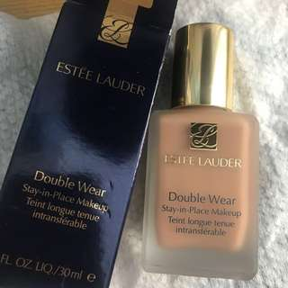 Estee Lauder Double Wear Foundation 3C2