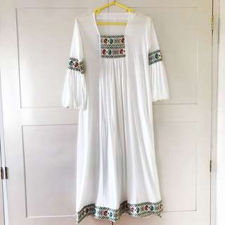 Kaftan / tunik / dress putih
