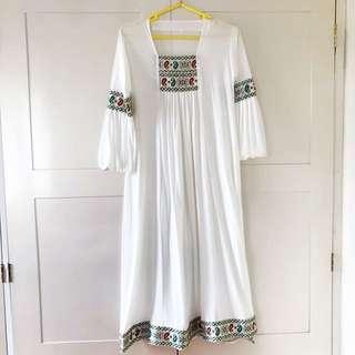 Kaftan / tunik / dress putih
