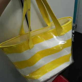 Repriced!! LARGE TOTE BAG (from 250)
