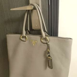 Prada Leather Tote Bag 灰色牛皮手袋