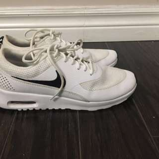Nike Air Max Thea (6.5 US)