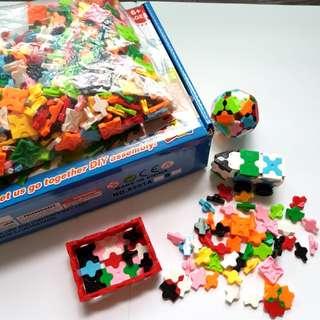 Creative Bricks Assembly toy