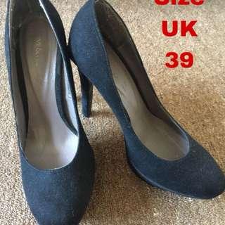Dive &Co heel