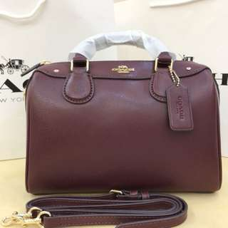 Authentic Coach women Handbag