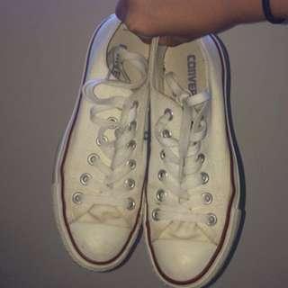 White converse S 6.5