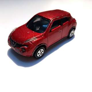 Tomica TOMY Nissan Juke No.27 Retired Model 1/64 Scale