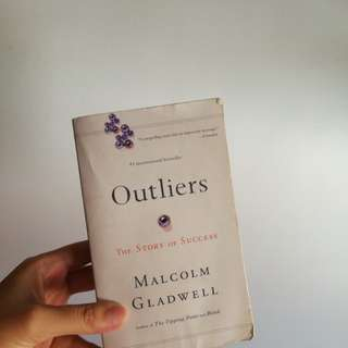 ✨ SALE ✨ Outliers