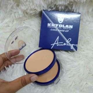 Kroyolan compact powder