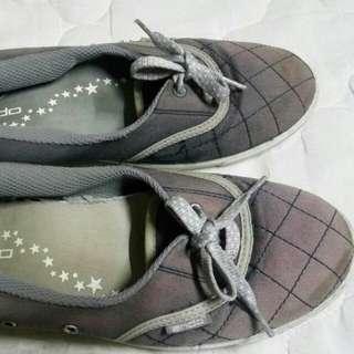 Sepatu ando original
