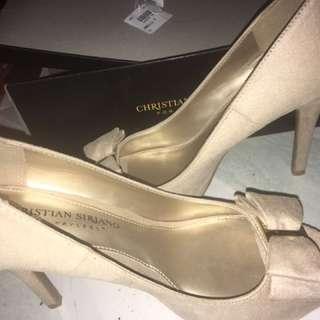 Pre-loved heels