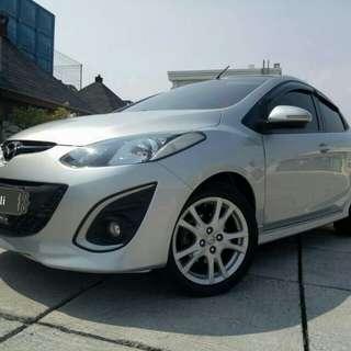 Mazda2 R 1.5 at HB 2012 silver