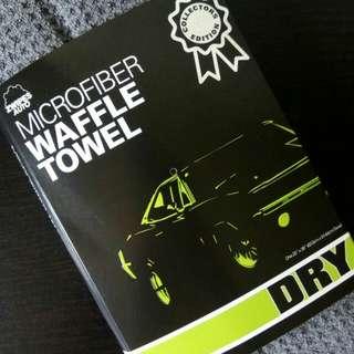 (BNIP) Zwipes Auto Professional Microfiber Waffle Drying Towel (ZF5FR10H)