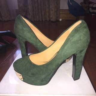 Brand new olive block heels