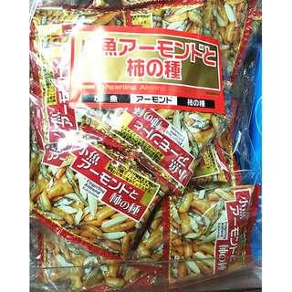 日本 杏仁柿種小魚乾
