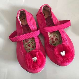 Maggie and Zoe size 7 toddler