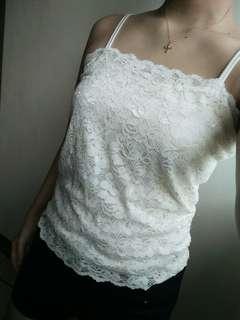 White Lacy Sando