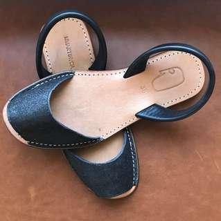 Women's glitter sandals
