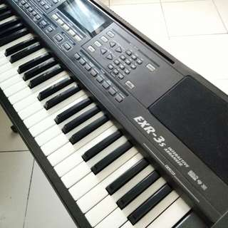 Keyboard Roland exr-3s interactive arranger