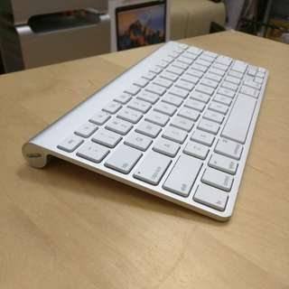 二手AA電Apple wireless keyboard