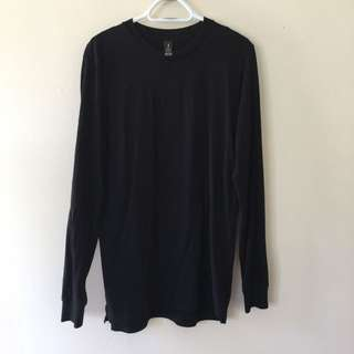 AS Colour, Black long sleeve crew neck