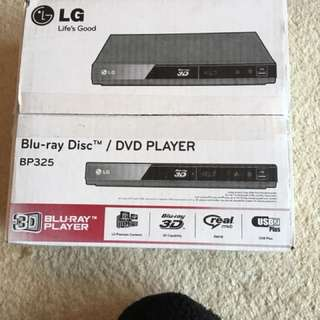 Blu-ray/DVD player
