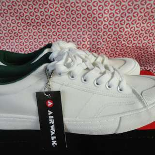 Airwalk New Size 41 42