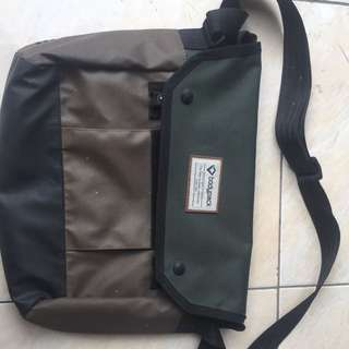 Sling bag body pack army