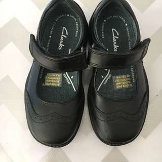 Clarks 'Sian Jr' Mary Jane School Shoes - Size 8F (EU25)
