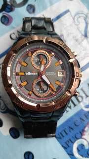 意大利ellesse 3盤計時碼石英表,鍍玫瑰金表圈(可轉動)金表的,黑鋼款,43mm不連表的大形表,85%新,全完装正常,已換新電