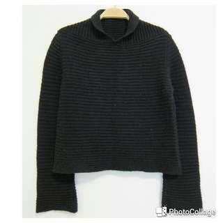 BENETTON 班尼頓短版粗織毛衣
