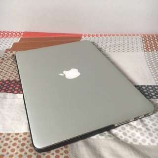 "MacBook Pro Late 2013 13"" Retina(Comes with box and free Crumpler bag)"