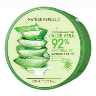 Aloe Vera 92% moisture soothing Gel