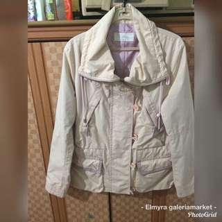 Jacket parka ada tali serutnya