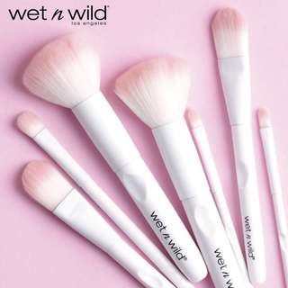 ✨INSTOCK SALE: Wet N Wild Brushes