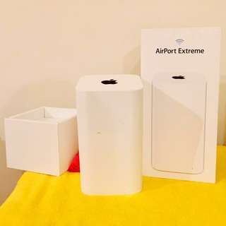Apple Airport Extreme Wi-Fi Router - Reliable, no downtime, 4x4 MIMO