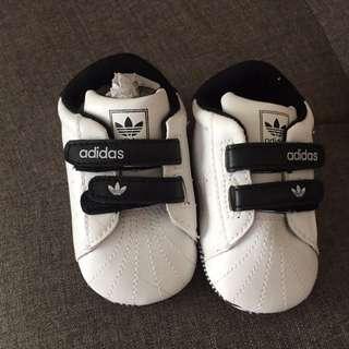 Adidas pre walk sneaker