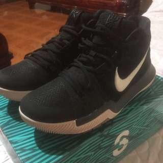 Nike Kyrie 3 Black Suede