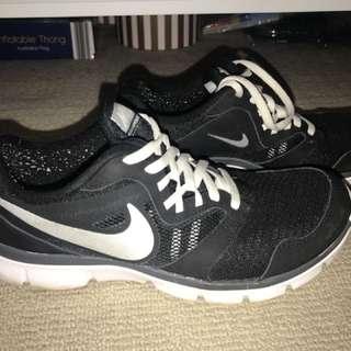 Nike black and white